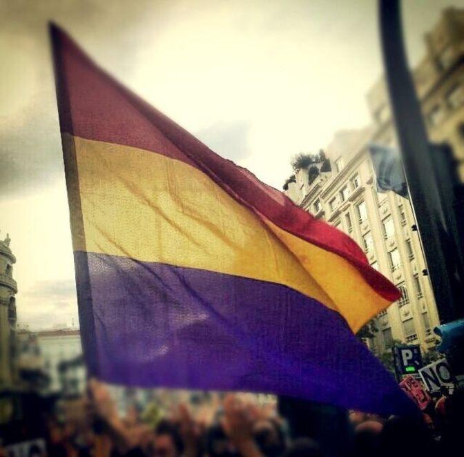 14 de Abril: Feliz Día de la República!!