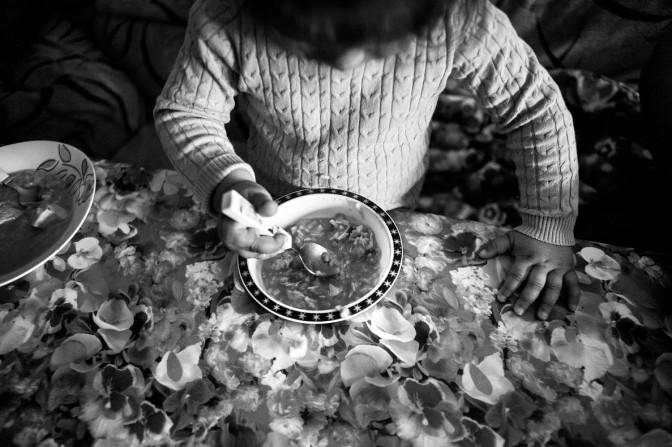 ¡Hartazgo! ¡Basta ya! Medio Millón de Murcianos no Cenan Caliente Intimando con la Pobreza