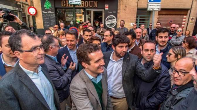 Casado arropa en Murcia a López Miras y Ballesta como candidatos del PP a la CARM y al Ayuntamiento de Murcia