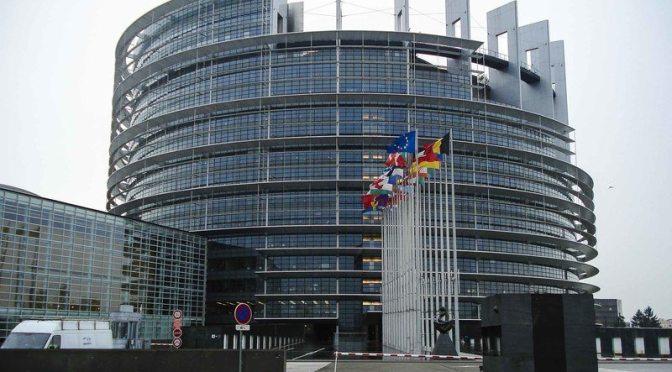"""La Unión Europea decidida a Proteger a los """"whistleblowers"""" o """"alertadores"""" Contra la Corrupción"""