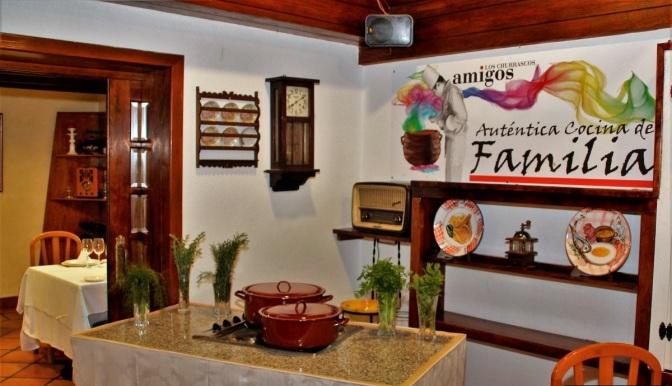 """""""Los Churrascos Amigos. Auténtica Cocina de familia"""""""