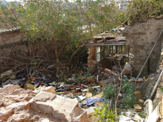 Ciudadanos denuncia un foco insalubre en el barrio de San Antón