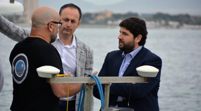 Los murcianos lanzan a López Miras el hashtag #YoNoHeSido por culpar a todos de la crisis del Mar Menor