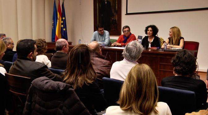 La Comisión Islámica de Melilla pide anular la conferencia de una escritora rifeña por sus opiniones en contra del hiyab
