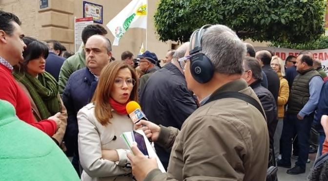Abucheos a Castejón en la Manifestación de Agricultores