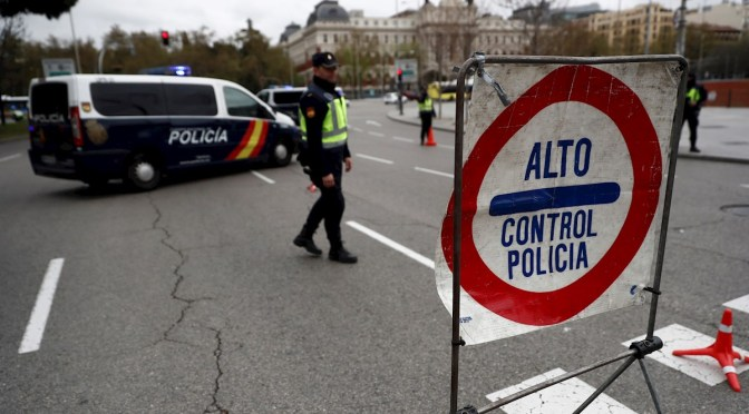 """La voracidad recaudatoria del gobierno transforma a policías en """"asaltantes de caminos"""""""