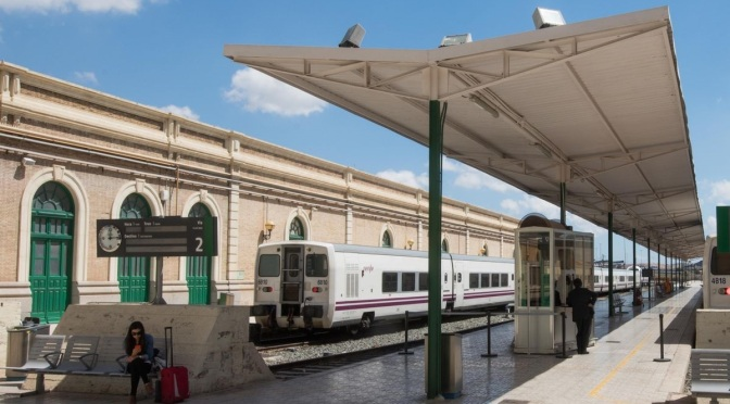 MC confirma que Cartagena, la capital turística regional, se queda sin trenes durante el mes de agosto