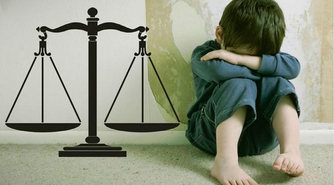 Una Madre de Linares es Juzgada por Reclamar a sus Hijos