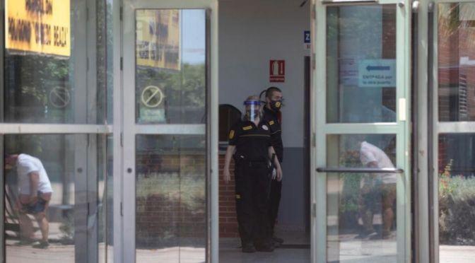 59 Argelinos en Cuarentena se Fugan de un Pabellón en Cartagena