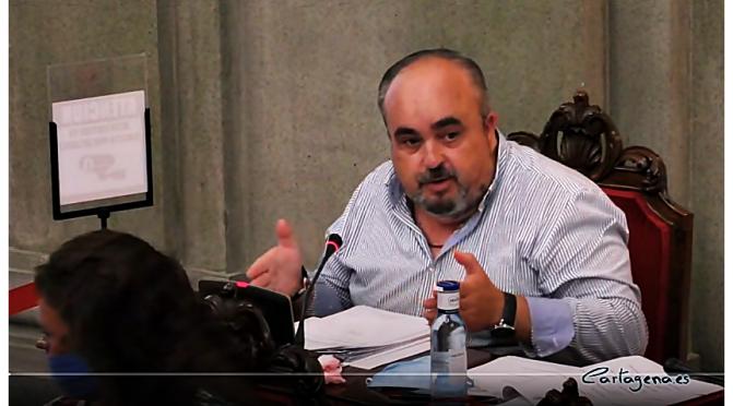 ANÁLISIS SOBRE EL CONTRATO DE JARDINES Y LAS CONTESTACIONES DEL SR. TORRALBA EN EL PLENO DE 30/07/2020