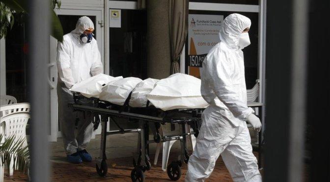 DE LA MUERTE DIGNA AL HOLOCAUSTO SENIL