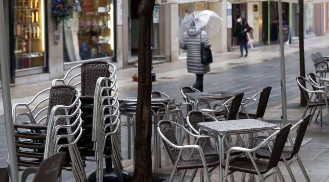 La hostelería se desangra y pierde ya 100.000 bares en España