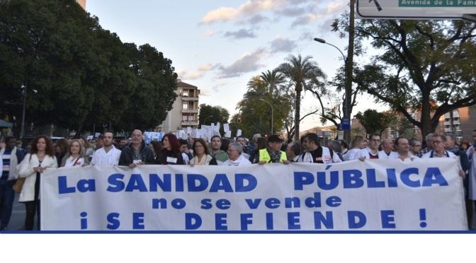 """La Marea Blanca exige responsabilidades políticas ante """"la falta de transparencia"""""""