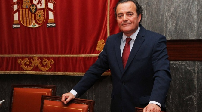 Fernando Presencia acusa a sus compañeros de delincuentes, psicópatas y corruptos