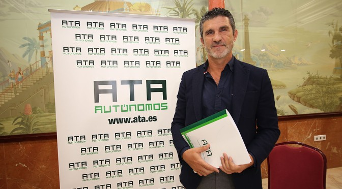 """JoséLuis Perea (ATA): """"Nos han obligado a cerrar nuestros negocios"""""""