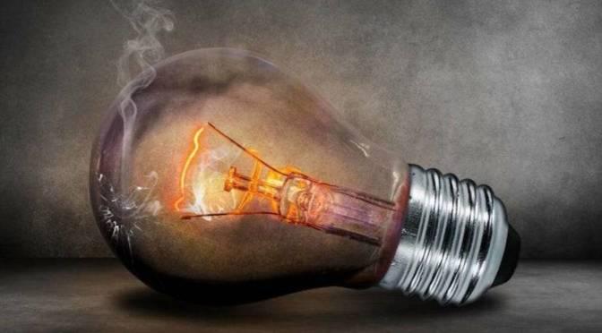 El recibo de la luz se dispara un 42% en lo que va de mes