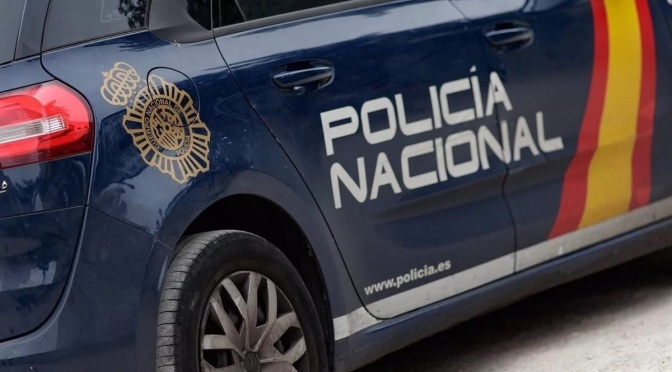 Apuñala a varios agentes de la Policía Nacional en un intento de atraco a una sucursal en Murcia