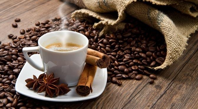 LOS BENEFICIOS DE UN CAFE AL DÍA